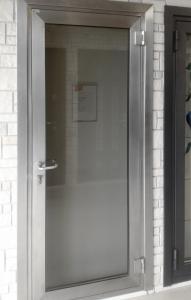 Светопрозрачные двери